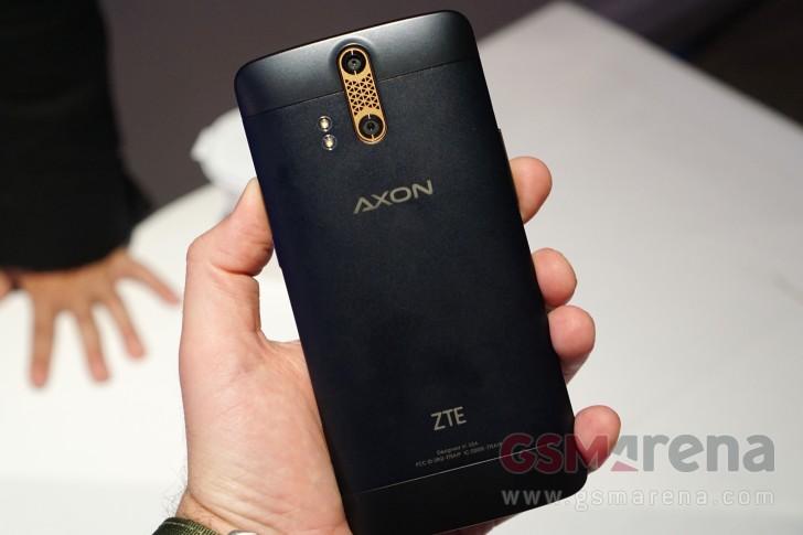 zte-axon-black-back