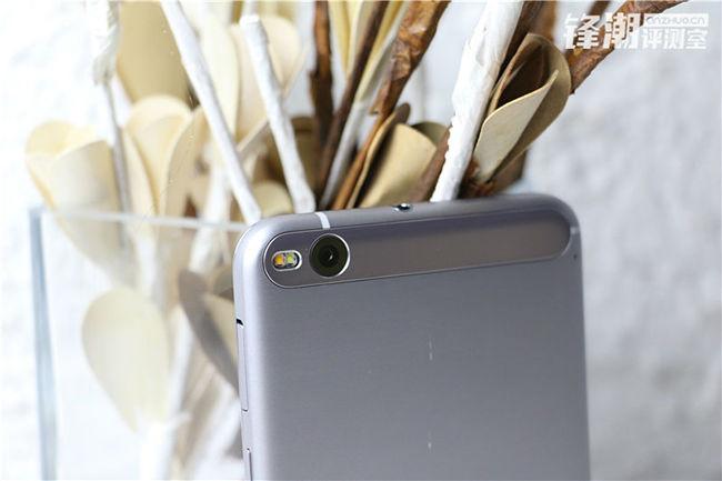 HTC One X9 HQ 6