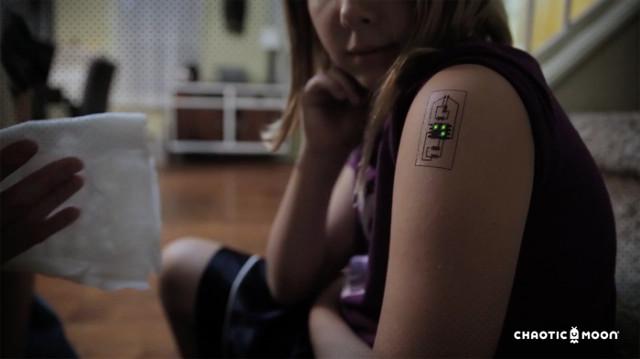 Tech-Tats chaotic-moon-temp-tattoo