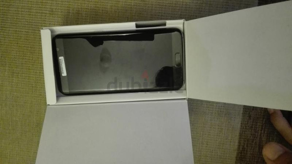 Samsung Galaxy S7 Edge front dubai(box)