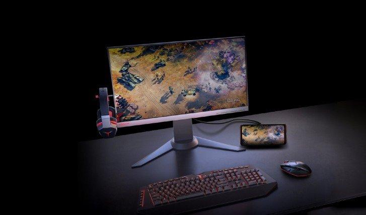 Lenovo Legion Duel με σύνδεση σε εξωτερική οθόνη
