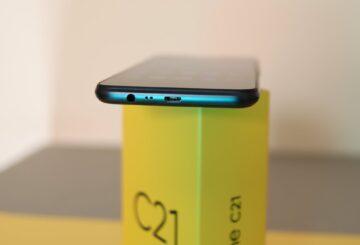 Realme C21 σχεδίαση θύρα jack 3.5χιλ, microUSB